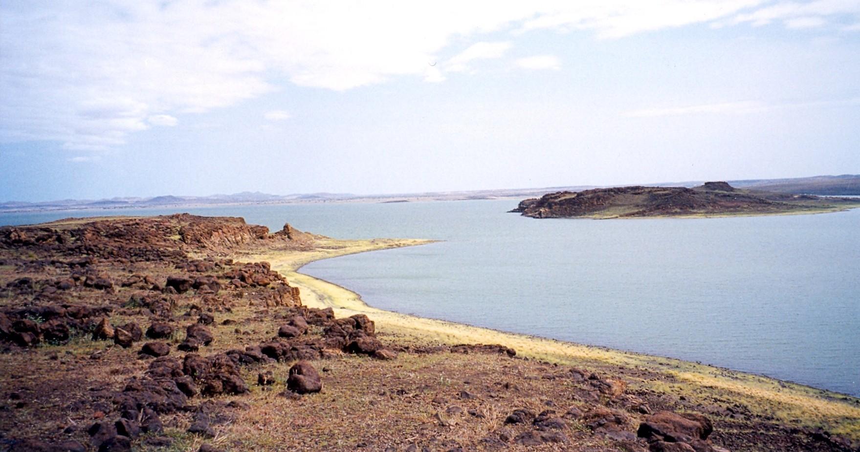 6.LakeTurkanaSouthIsland
